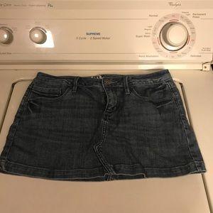 Dresses & Skirts - Women's jean skirt size 5